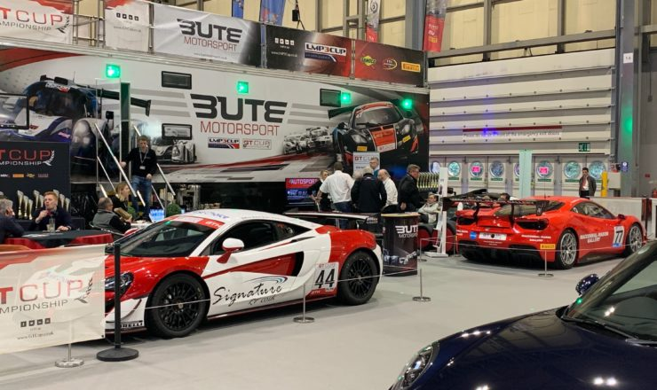 Ambiance the Autoshow 2019- many super cars in view in one area.
