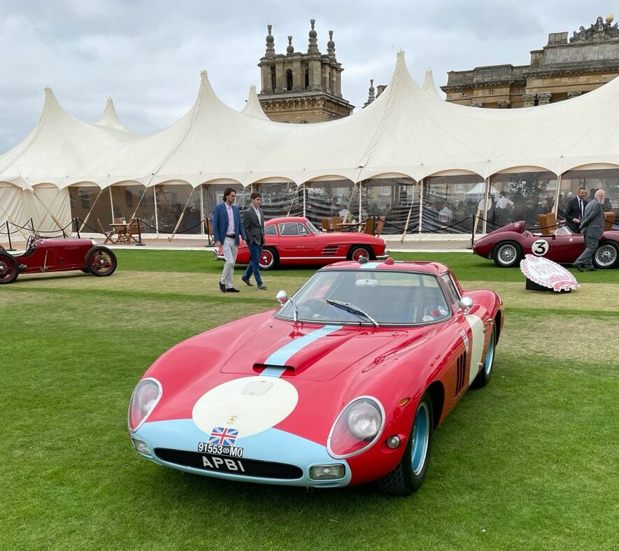 Stunning car in front of Blenheim Palace