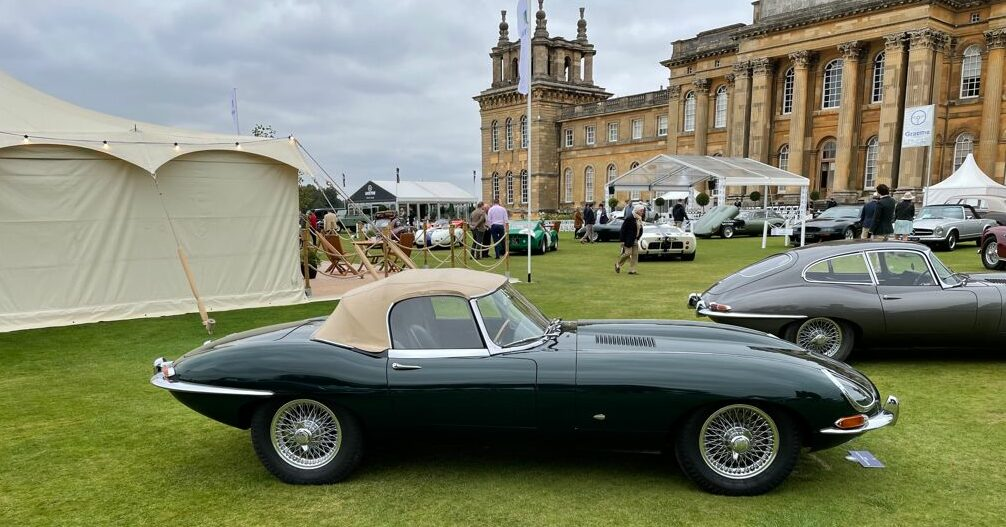 Car in front of Blenheim Palace at Salon Privé 2021